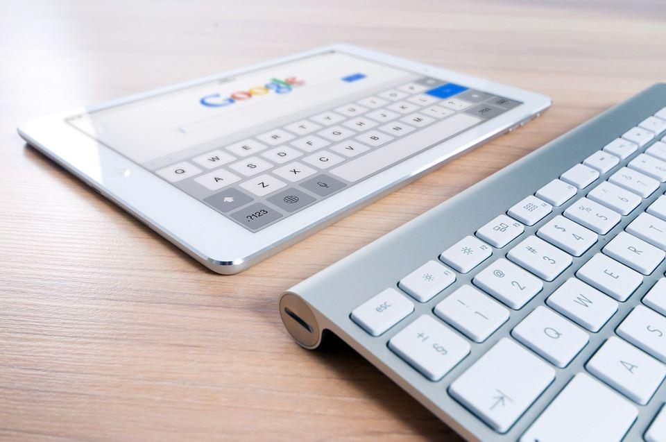 Acciones básicas de Marketing Digital: Diferencias entre SEO y SEM